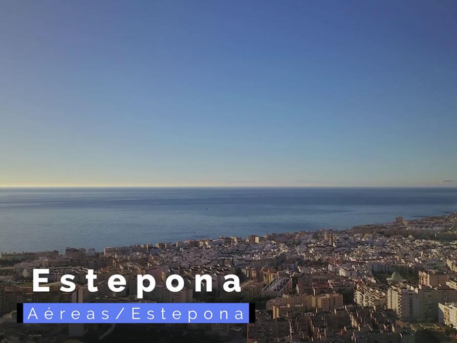 Vistas de la ciudad de Estepona.