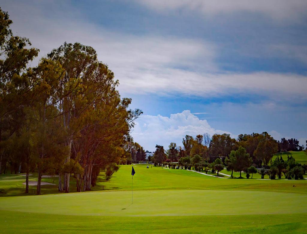 Campo de golf en Estepona, Málaga - Atalaya golf.